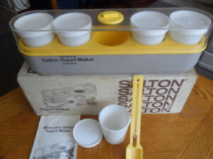 YOGURT MAKER with 5 JARS, make your own, A - 1, 416-483-1730