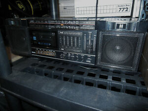 Various Portable Stereo equipment and TV's for sale Windsor Region Ontario image 7