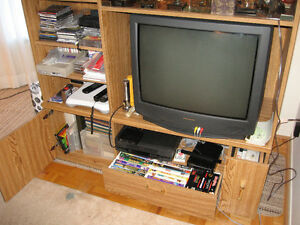 ENTERTAINMENT UNIT & TV Stand