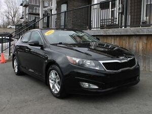 2013 Kia Optima LX / 2.4L I4 / Auto / FWD **Affordable!**