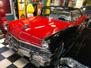 Ford Fairlane Victoria 1956 Edition Thunderbird