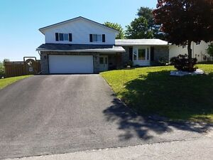 FANTASTIC FAMILY HOME IN PETAWAWA