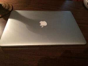 Mac Book  Pro Ecran retina 15po.  2012-2013
