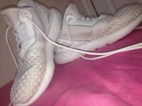 ADIDAS SHOES FOR £20