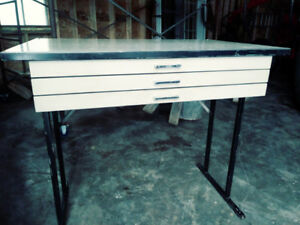 Table a dessin industriel