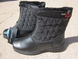 ** NEW Weatherproof Ladies Waterproof Boots - Size 8.5 - Black