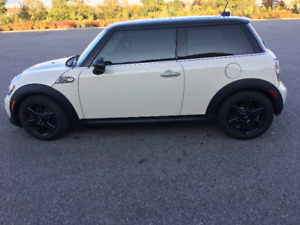 2013 MINI Baker Street Edition