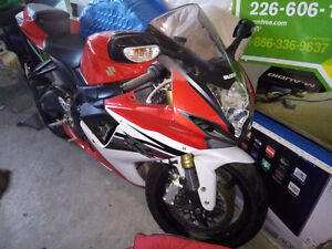 Rare 25th anniversary red and white GSXR 750