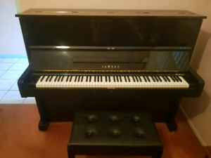 Yamaha U1 Upright Piano. Excellent Condition!