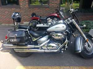 Suzuki Intruder Volusia VL800 2002
