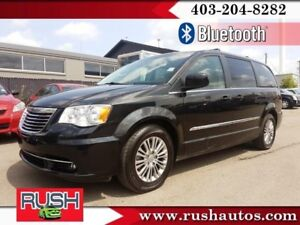 2013 Chrysler Town  Country Touring  -  Power Tailgate
