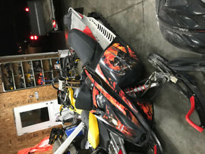 Parting out a 2007 summit 800r