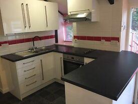 Flat Central Brixham 2 bedrooms £450 pcm