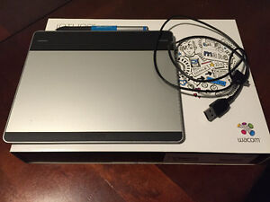 Wacom Intuos CTL480 pen tablet. Mint used once.