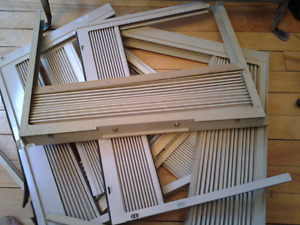 WINDOWS AIR CONDITIONER ACCORDIAN PANELS 3$ EACH