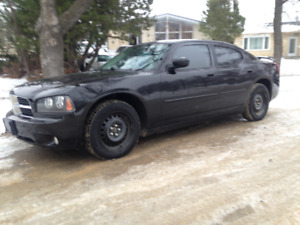 2010 Dodge Charger Sedan black on baclk $ 5400 takes it