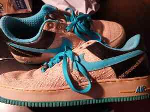 """LIKE NEW CONDITION! Nike AF-1 82, """"The Bahamas Born Kid"""" $30!!"""