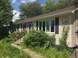 3+2 Bedroom Home in Riverview!!