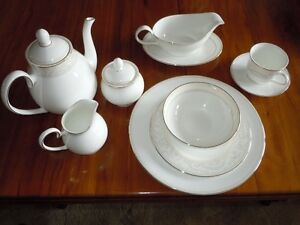 English Bone China Dinner Set