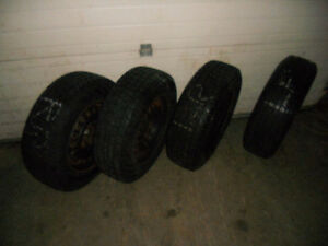 205-75-15 Snow Tires used one season Kitchener / Waterloo Kitchener Area image 2