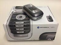 Vintage Motorola V975 Flip Phone