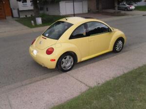 2004 Volkswagen New Beetle Coupe (2 door)