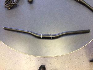 Giant MTB handlebar 670mm