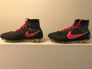 Brand new Nike Soccer cleats size 8.5!!!