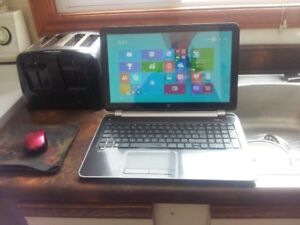 Sale HP Pavilion TS 17'' sreen ultra thin Laptop. AMD a4-5000