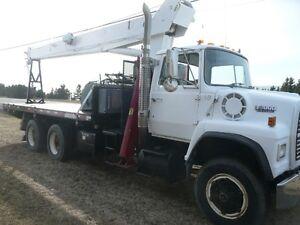 Camion grue 14 tonnes