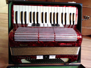Hohner Tango 11 M accordian for sale