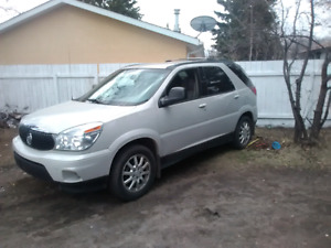SUV 175000 kms lookin for 6000$ obo runs great nothin wrong with