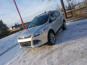 2014 Ford Escape SE Ecoboost / extended warranty