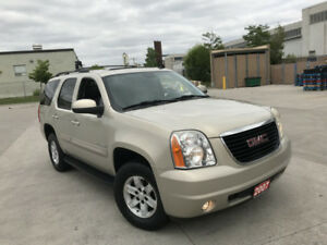 2007 GMC Yukon, 8 Pass, 4X4, Low km,Leather, warranty available.