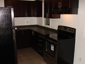 IDEAL LOCATION AND PRICE!!!