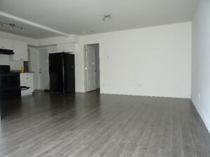 $1600/2br-1000ft - Private Entry, modern 2 bdrm, open concept