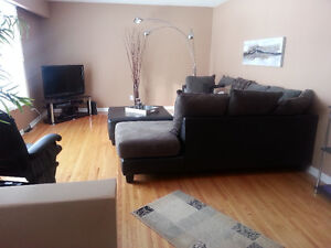 SPACIOUS APARTMENT - close to KP - East Elmwood