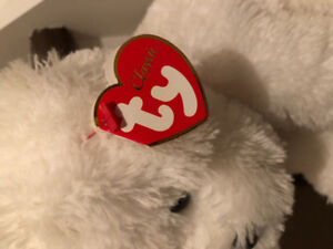 BEANIE BABIES/TY- SWEET PEA ( WHITE DOG WITH RED RIBBON) CLASSIC