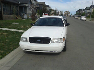 2010 Ford Crown Victoria Police CLEAN