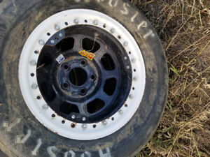 Several sets and single tires