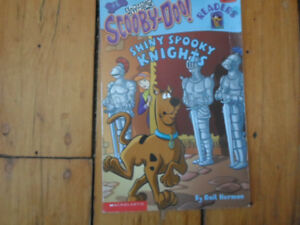 scooby-doo shiny spooky knights kids book.