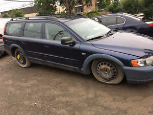 VOLVO XC70 FOR PARTS