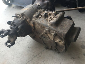 1990 Dodge D 2500 Cummins diesel (4 x 4 transfer case for sale)