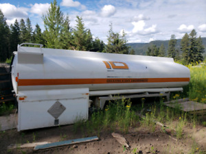 Truck mount water tank and water trailers