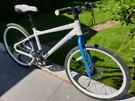 Ladies carrera subway hybrid bike