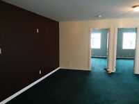 2 BEDROOM APT. AT QEW AND GUELPH LINE, BURLINGTON