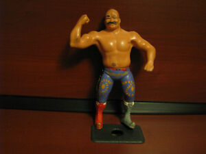 "VINTAGE WWF IRON SHIEK MAN WRESTLING FIGURE WWE 8"" 1984 Watch|Sh"