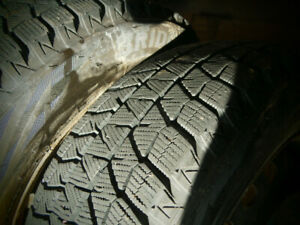 Tires Like New! 4 Bridgestone Blizzak winter tires 195/65/R15