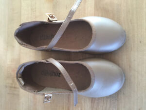 Size 11 children's tap shoes for sale