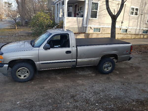 2001 GMC Sierra 1500 Sl Coupe (2 door)